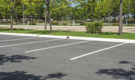 Professionnel pour le débarras d'objets sur un parking privé Besançon